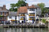 Henley on Thames - the Angel Inn - C18