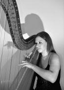 Beth B&W (Harpist)