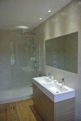 Le Studio Bathroom